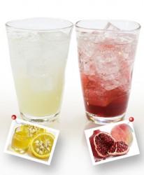蜂蜜&ゆず酢(左)、もも&ざくろ酢(右)