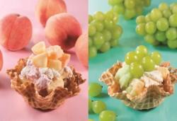 生フルーツショートケーキシリーズ。白桃(左)、マスカット(右)