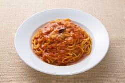 マトとニンニクのスパゲティ