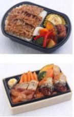 牛カルビ焼肉重と鶏と野菜の黒酢あん弁当(上)、肉が旨いポークステーキ&メンチカツ重(下)