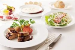 スペイン産フォアグラと手ごねハンバーグのロッシーニ風