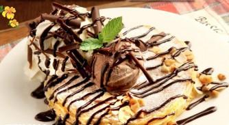 チョコレート&マカダミアナッツパンケーキ