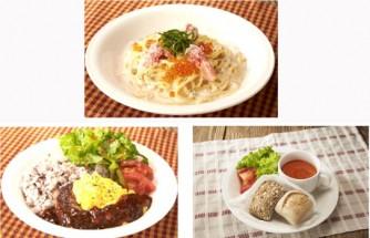 紅ずわい蟹とイクラのたらこクリームリングイネ(上)、トリュフ香るチーズオムレツハンバーグ(下左)、赤いポタージュと天然酵母パンのプレート(下右)