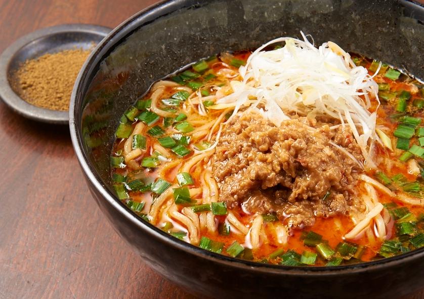 四川山椒と辣椒油をブレンドした本格派「担々麺」