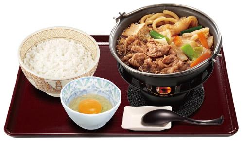 冬の定番「牛すき鍋定食」