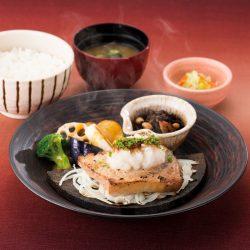 醤油麹漬け メカジキのステーキ定食~おろし醤油麹添え~