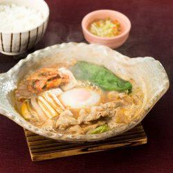 テンジャンのコクが決め手 旨辛味噌鍋定食