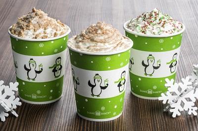 Christmas Cookie Shake(右)、Apple Pie Shake(中央)、Gingerbread Shake(左)