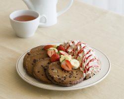 トリプルチョコレートブラウニーパンケーキ