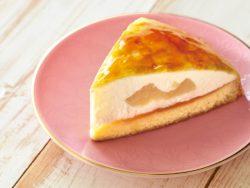 白桃のムースクレープ包み