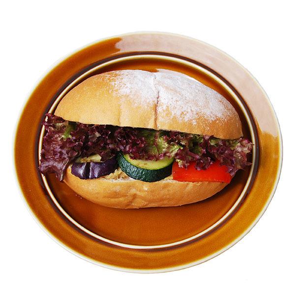 ハモスディップと季節の野菜サンド