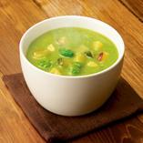 ほうれん草と7種野菜のグリーンスープ