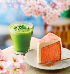 右「桜のシフォンケーキ」