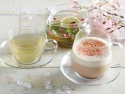 左「ミント&シトラスグリーンティー」、右「桜とあずきのカプチーノチャイ」